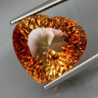 shop-15.62ct.-imperial-champagne-topaz.jpg